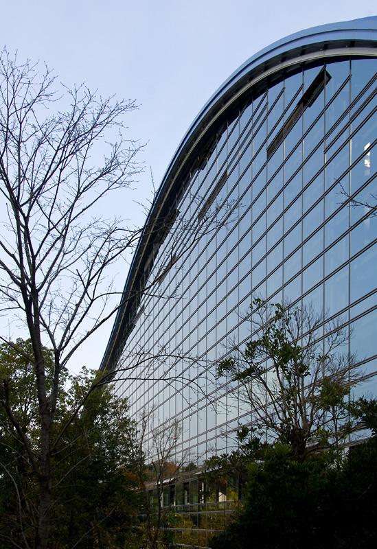 Shizuoka Newspaper Company Building (1967) - Kenzo Tange
