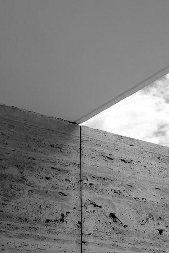 Barcelona Pavilion - Ludwig Mies van der Rohe