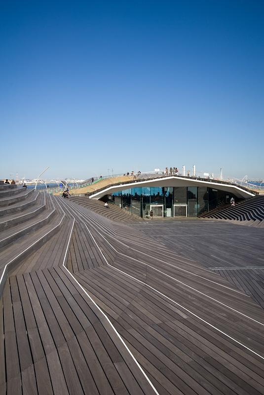 Yokohama International Passenger Terminal - Foreign Office Architects