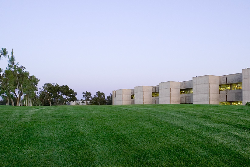 Salk Institute - Louis Kahn