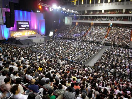 Tadao Ando at Taipei Arena
